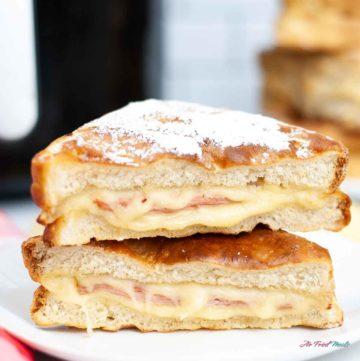 Side view of Monte Cristo Sandwich.